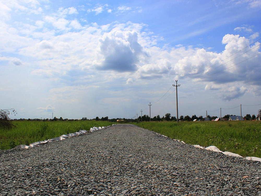 Дорога в коттеджном поселке Рыбачий